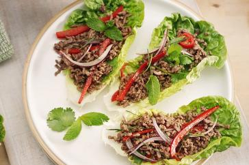Beef mince lettuce bowl