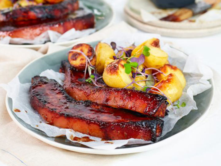 Country style barbecued pork spare ribs