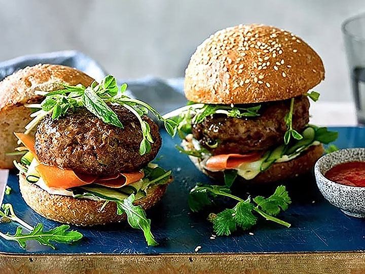 Asian style beef burgers
