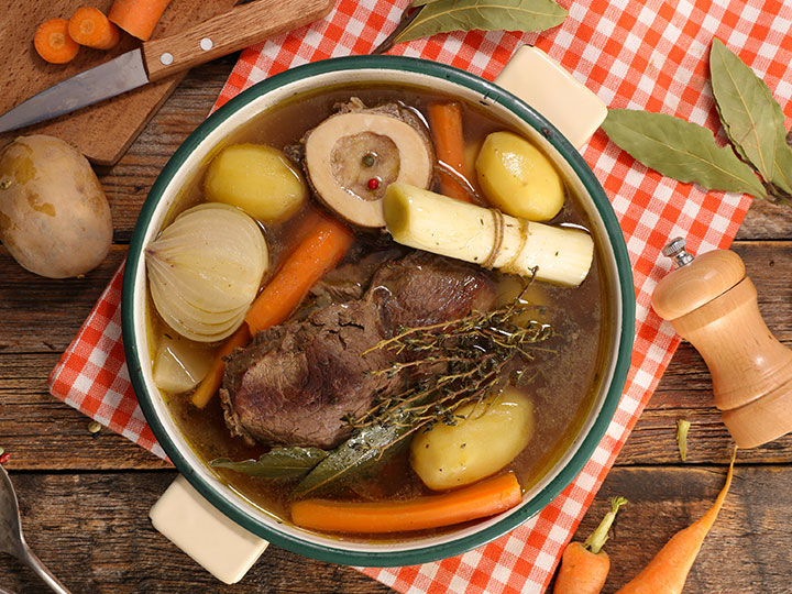 Making a rich beef stock