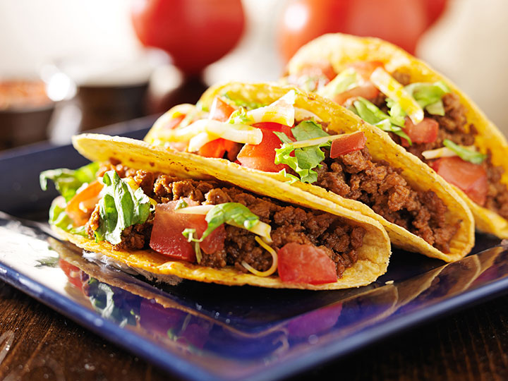Crunchy beef mince tacos