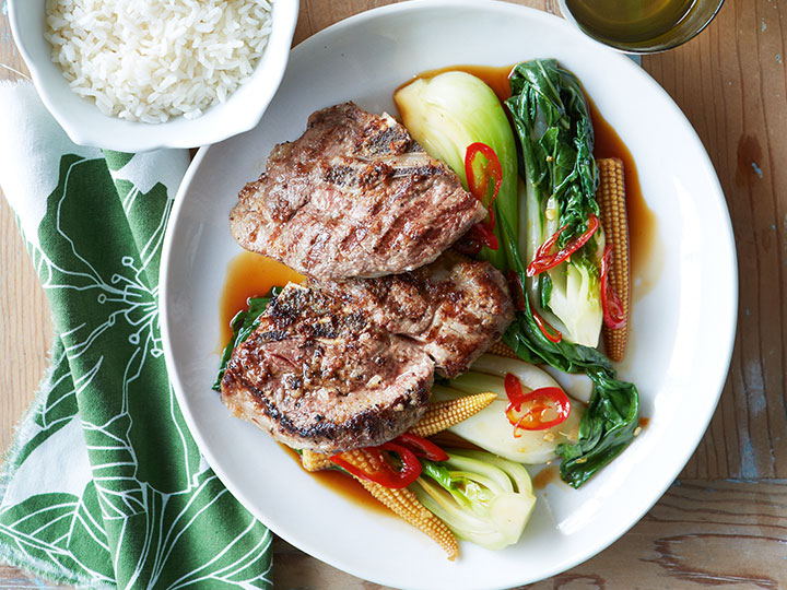 Lamb chump chops in oyster sauce