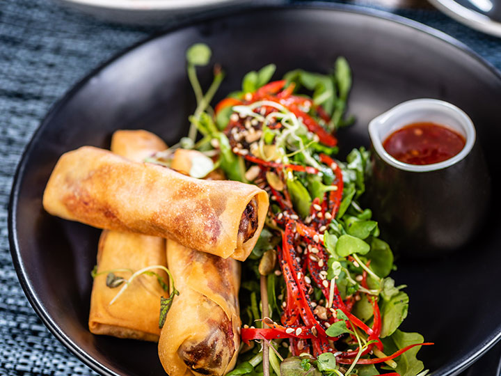 Spring rolls and sweet chilli dipping sauce