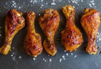 Crispy skinned baked chicken drumsticks