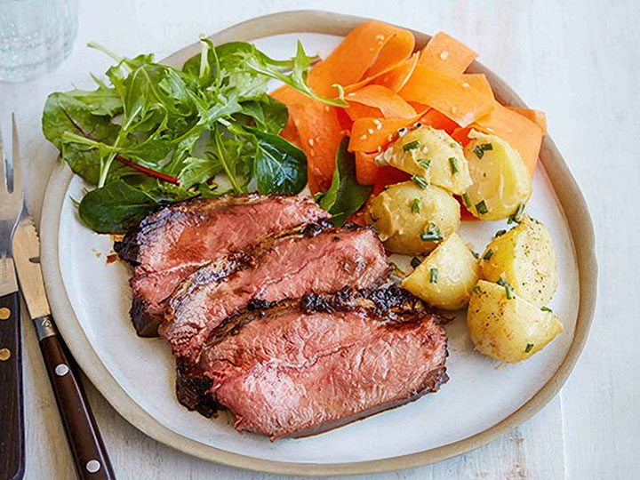 Ginger, honey and soy beef mini roast